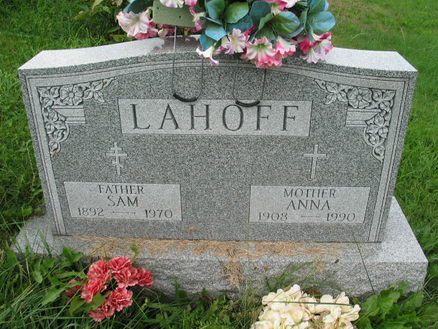 Sam and Anna Lahoff tombstone