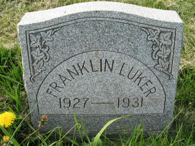 Franklin Luker tombstone