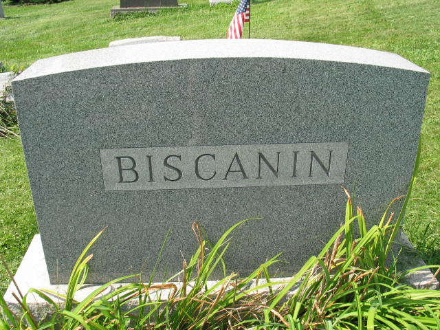 Biscanin family monument