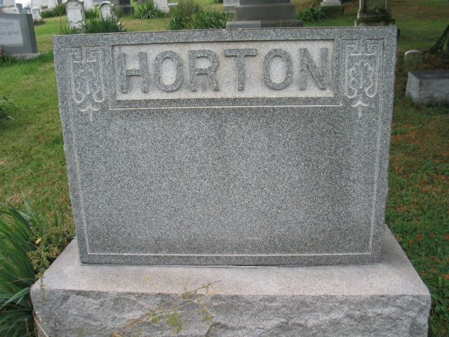 Horton family monument