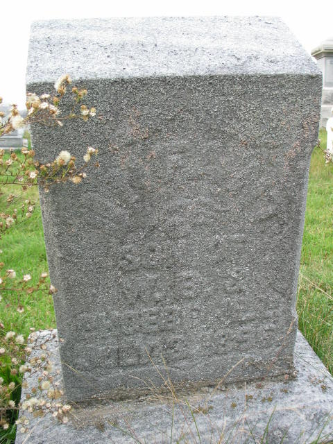 Infant Son Hill tombstone