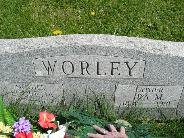 Lucretia and Ira M. Worley tombstone