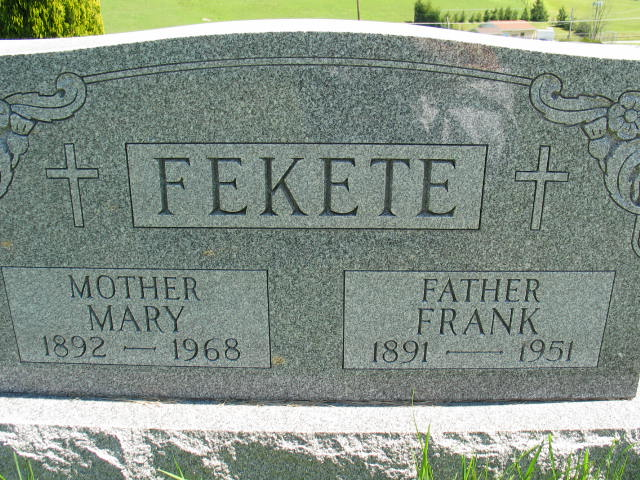 Mary and Frank Fekete tombstone