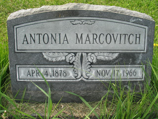 Antonia Marcovitch tombstone